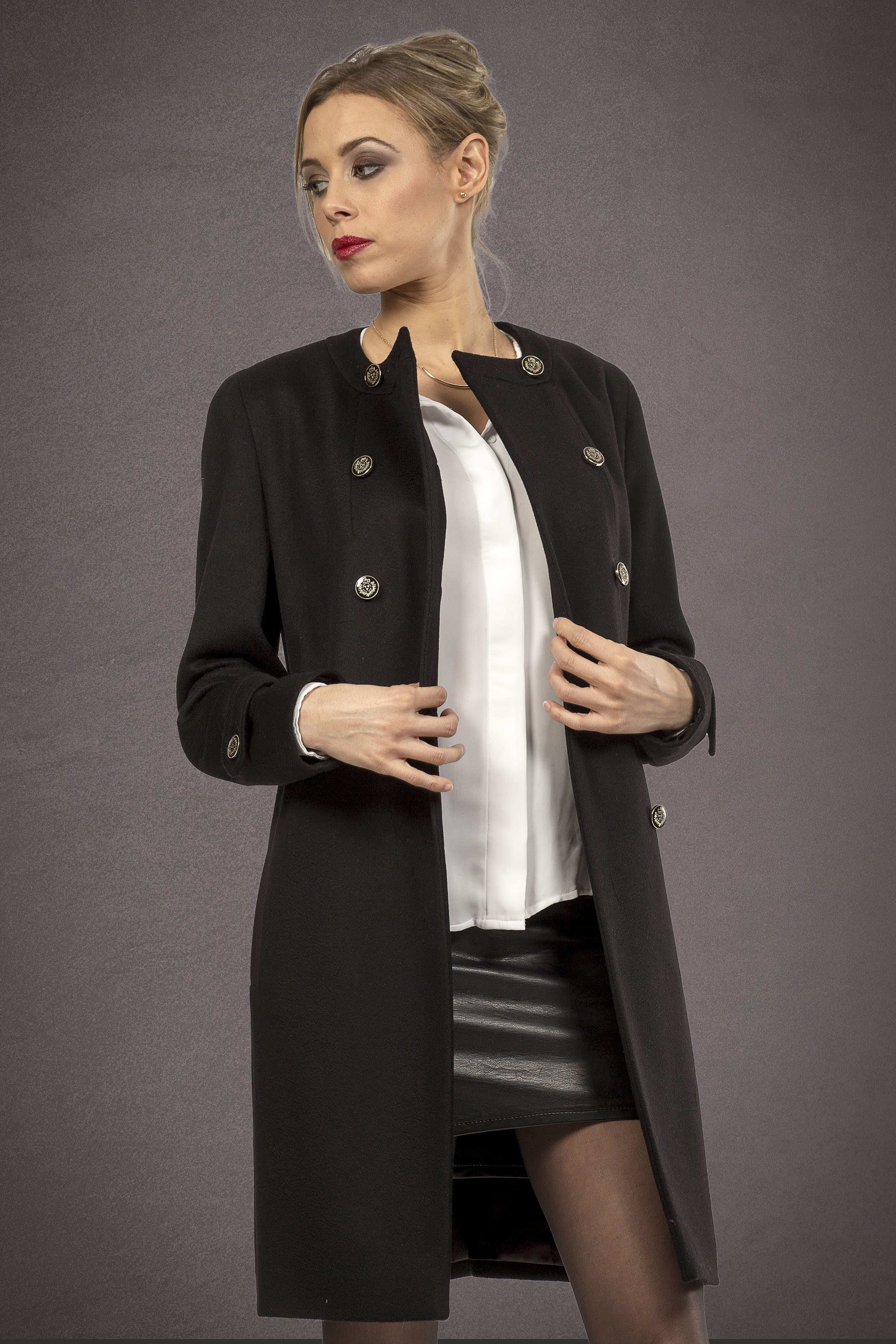 Meldes De Luxe – Fitted wool coat no collar - Black – Ref: 389-1-01