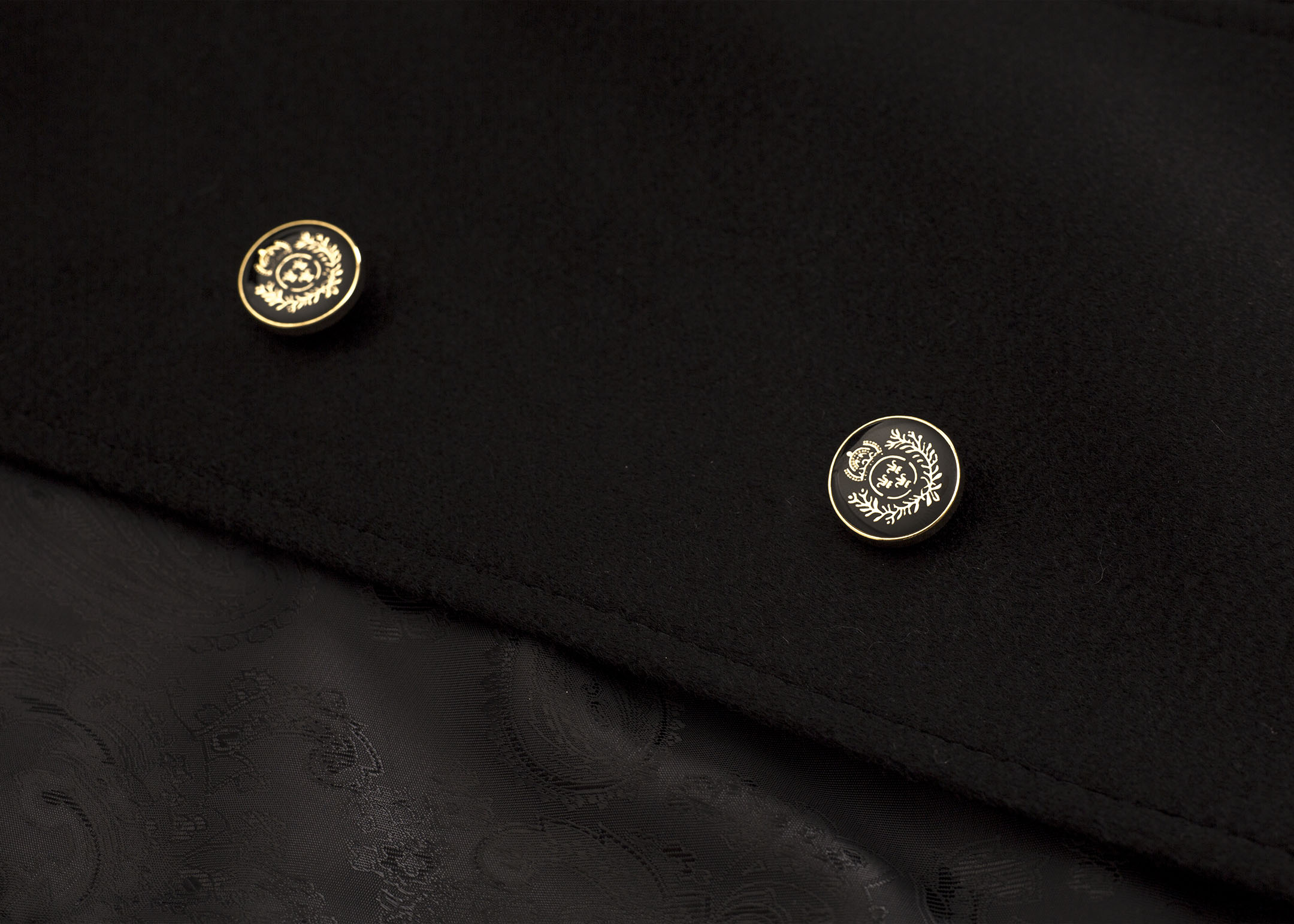 Meldes De Luxe – Manteau 100% cachemire cintré col tailleur - Noir – Réf: 375-2-01